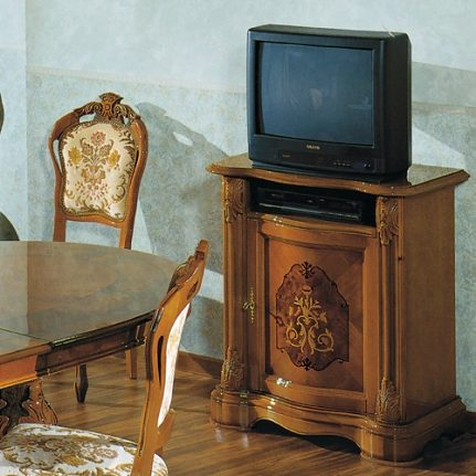 TV skrinka Br1061