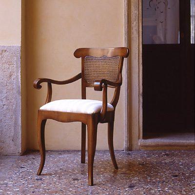 Stolička s opierkami Madeira FN-0412