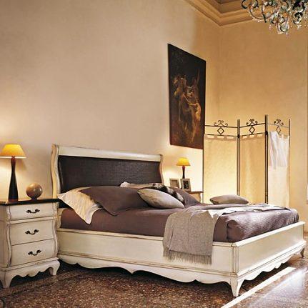 Manželská posteľ s čalúnením Md480