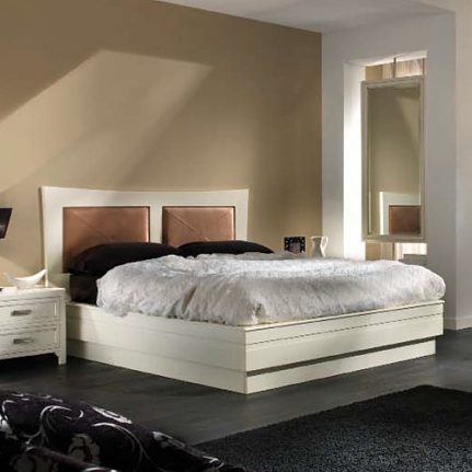 Manželská posteľ Ze13.012