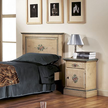 Nočný stolík BL1430/A