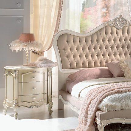 Nočný stolík Pi1538