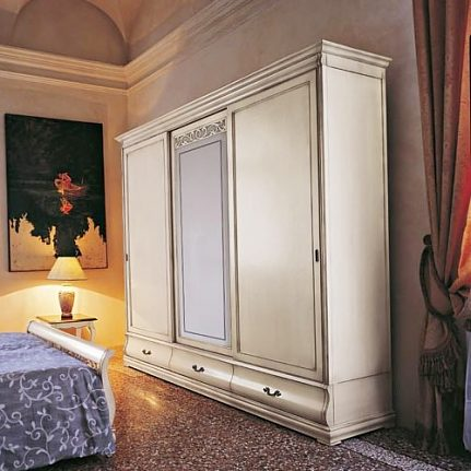 Šatníková skriňa s posuvnými dverami Md486
