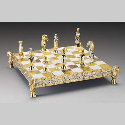 Komplet šachovnica so šachovými figúrkami K822CS