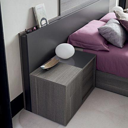 Nočný stolík ST FUBGRCD01